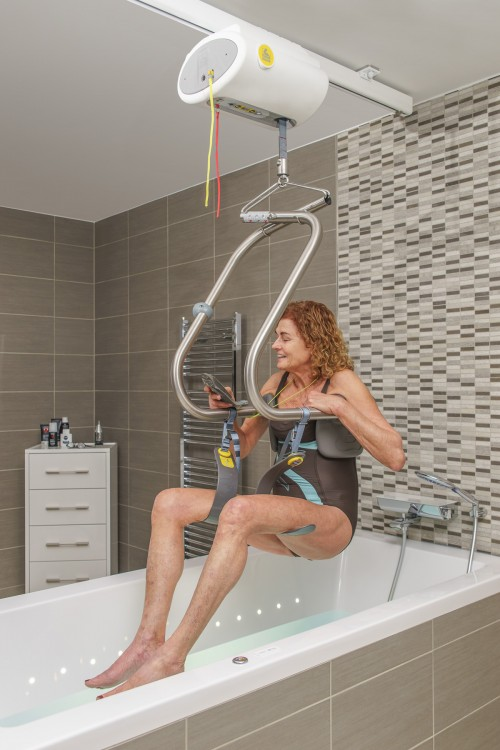 SureHands -  - Into the bath with the SureHands® Body Support - SureHands® Body Support , Ceiling motor