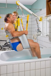 Standard spreader bar , Wall-to-Wall™ lift systems , Bathing sling
